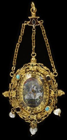 Early 17th century, Spain or Italy - Pendant - Gold, partly enamelled, set with garnets, turquoises and two verre eglomisé plaques, and hung with pearls