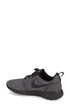 cb4d72215245 Nike  Roshe Run  Sneaker (Women)