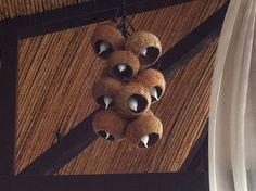 8 Most Creative Coconut Shell Crafts! Diy Crafts Hacks, Diy Arts And Crafts, Crafts For Kids, Diy Rock Candles, Coconut Decoration, Coconut Shell Crafts, Light Crafts, Gourd Art, Shell Art