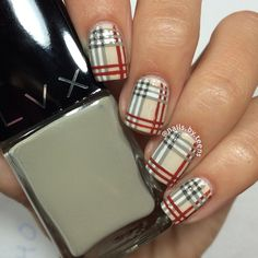 Christmas nails shared by Sophiaaaa on We Heart It Teen Nail Designs, Plaid Nail Designs, Colorful Nail Designs, Xmas Nails, Holiday Nails, Christmas Nails, Cute Nails, Pretty Nails, Burberry Nails