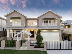 Property data for 63 Amy Street, Hawthorne, Qld Get sold price history for this house & median property prices for Hawthorne, Qld 4171 Die Hamptons, Hamptons Style Homes, Style At Home, Custom Home Builders, Custom Homes, House Front, My House, Facade House, Brick Facade