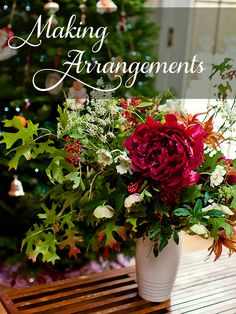 Organic Holiday Arrangement | The Byrd Collective for Camille Styles