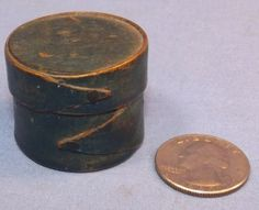 "ANTIQUE SHAKER MINIATURE ROUND BOX BLUE PAINT ORIGINAL 1"".     Sold  Ebay   610.00"