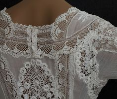 This dress is an exquisite example of Irish linen and lace at it's best.