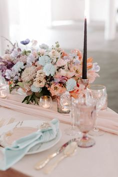 We already knew this celestial wedding inspiration would have no shortage of beautiful ideas for a magical celebration before we even looked at the images. #constellation #celestialwedding Unique Wedding Cakes, Magical Wedding, Whimsical Wedding, Floral Wedding, Wedding Reception Centerpieces, Wedding Decorations, Table Decorations, Elope Wedding, Elopement Wedding