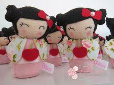 Lembrancinha Boneca Kokeshi