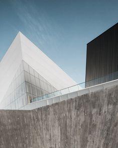 Gallery of Saint-Laurent Sports Complex / Saucier + Perrotte architectes + HCMA - 8
