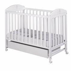 Cuna Micuna Bohem Blanco. Uno de los productos más importantes a la hora de preparar el ajuar del bebé es la cuna. Es importante la seguridad y la homologación de la cuna, sin dejar de lado el diseño. Nuestras cunas ofrecen todo esto.