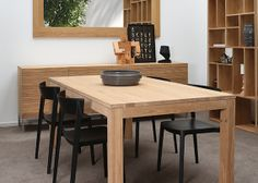 Straight table with Skin chairs by Calligaris #Calligaris #dawsonandco