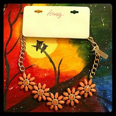 Statement necklace, NWT, peach This is a beautiful peach/coral colored flowered statement necklace from Icing. New with tags. Retail price $19.50 Icing Jewelry Necklaces
