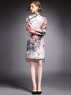 Floral Qipao / Cheongsam Dress in Organza - CozyLadyWear Chinese Gown, Chinese Dresses, Suit Fashion, Fashion Dresses, Chinese Style, Chinese Fashion, Gown Suit, Short Gowns, Cheongsam Dress