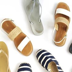 Gap sandals Fairly worn on the insoles, as shown in the pictures. On foot they look super cute!! GAP Shoes Sandals