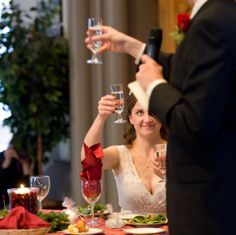 """Delivering a perfect best man wedding speech is a challenging responsibility for many men. While developing such a Best Man's Speech, one of the main dilemmas many """"Best Men"""" face is to decide on whether to crack everyone up or to kee Groom's Speech, Best Man Speech, Wedding Mc, Wedding Toasts, Wedding Ideas, Tangled Wedding, Perfect Wedding, Wedding Blog, Wedding Ceremony"""
