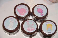 Etiquetas redondas para pão de mel – Alice Cute  :: flavoli.net - Papelaria Personalizada :: Contato: (21) 98-836-0113 - vendas@flavoli.net