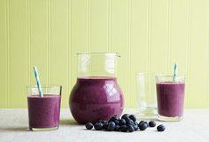 Purple Blueberry Veggie Smoothie Recipes #purple #blueberry  #healthy #veggie #smoothie #food #recipe