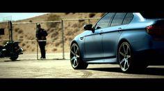 Nowe dzikie #BMWM5 dodatkowym pakietem https://www.youtube.com/watch?v=77CYEYZxtPA