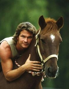 he loves his horses 🐎 Ghost Patrick Swayze, Eagles, Hot Country Men, Malboro, Steve Burton, Patrick Wayne, Beautiful Horses, Animals Beautiful, Michael Landon