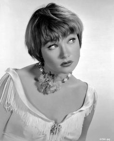 Portrait of Shirley MacLaine for 'Some Came Running' directed by Vincente Minnelli, 1958 [unknown photographer] Vintage Hollywood, Hollywood Glamour, Hollywood Stars, Classic Hollywood, Classic Actresses, Classic Films, Actors & Actresses, Divas, Shirley Mcclain