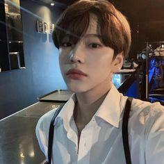 Cute Asian Guys, Cute Korean Boys, Asian Boys, Asian Men, Cute Girls, Fall Fashion Outfits, Teen Fashion, Boy Outfits, Korean Fashion