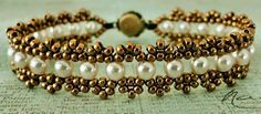 Linda's Crafty Inspirations: Bracelet of the Day: Crystal Chain with Pearls + pattern link