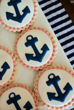 Nautical cookies: party favors for a shower Galletas Cookies, Cute Cookies, Sugar Cookies, Baby Cookies, Heart Cookies, Amaretti Cookies, Nautical Party, Nautical Wedding, Nautical Anchor