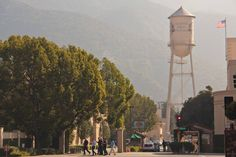 warner bros studios water tower stanlioff006