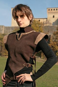 MADE TO ORDER ranger unisex brown leather by ChimericalDragonfly Costume Renaissance, Renaissance Clothing, Medieval Fashion, Armor Clothing, Gypsy Clothing, Leather Armor, Suede Leather, Brown Leather, Medieval Fantasy