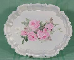 Karen Daugherty hand painted pink roses on a silver-plated tray basecoated white with a pearl white edge. Decorative Paintings, Decorative Plates, Pastel Colors, Pastels, Shabby Cottage, Shabby Chic, Tole Painting, Pattern Art, Pretty Little