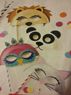 Animal Masks For Kids, Mask For Kids, Diy And Crafts, Crafts For Kids, Paper Crafts, Carnival Crafts, School Games, Paper Roses, Diy Mask