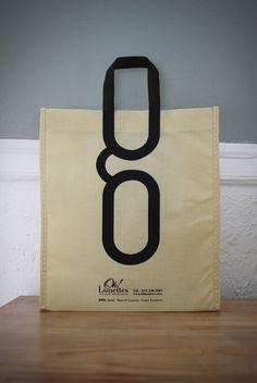OH! LUNETTES - BAG DESIGN by Michel Lavoie, via Behance    Packaging très sympa / idée sac