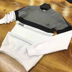 Best Hoodies For Men, T Shirt Logo Design, Designer Jackets For Men, Camisa Polo, Stylish Shirts, Denim Jeans Men, Mens Sweatshirts, Adidas Men, Mens Fashion