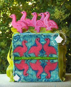 """Pretty Flamingo"" with flamingos in inside!"