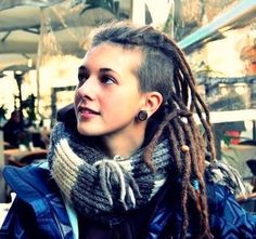 Girl with dreads and shaved side. Won't ever shave off my dreads, but this looks soooo gooood!