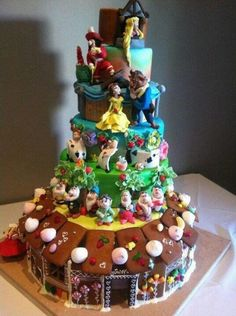 #Disney Snow White, Alice in Wonderland, Beauty and the Beast, Peter Pan, Tangled character #cake