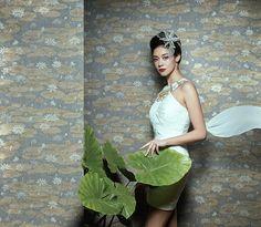 MUZE 204-603 RATCHA Vliestapete Blumen Asiatisch Lotusblüten sand-gelb 5,22 qm