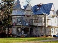 100s Of Victorian Homes