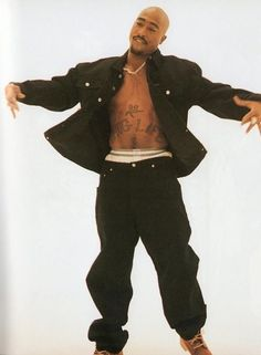 I hit em up Millie Bobby Brown, Shay Mitchell, Hip Hop Fashion, 90s Fashion, Hippie Style, Tupac Pictures, 2pac Images, 2pac Makaveli, Best Rapper