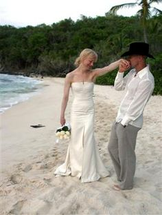 Renee Zellweger. She wore a Carolina Herrera celebrity wedding dress, on her marriage to Kenny Chesney.