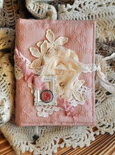 Бумажки, чаще всего...: Романтичный блокнот