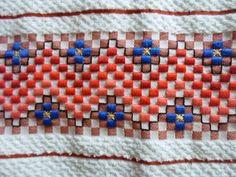 Bordado em tecido xadrez - Pano de Copa/Amostra (Detalhes sobre o bordado... Visitar)