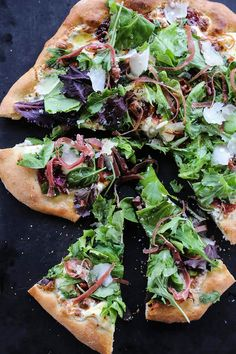 Figgy Pig Pizza - Tuscan Style Prosciutto, fig jam, and greens pizza from… Fig Recipes, Entree Recipes, Pizza Recipes, Cooking Recipes, Easy Cooking, Drink Recipes, Fig Jam Pizza, Goat Cheese Pizza, Veggie Pizza