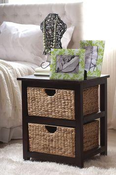 Los muebles rústicos son perfectos cuando toda la decoración de la pieza lleva un estilo más natural. #Rustico #Decoracion #Natura www.easy.cl