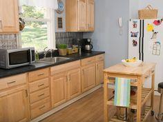 Kitchen Paint Color Ideas With Oak Cabinets   Kitchen Countertops    Pinterest   Kitchen Paint Colors And Kitchen Paint
