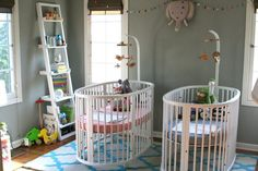 Two Peas - One Pod: 10 Tips for Planning a Twin Nursery