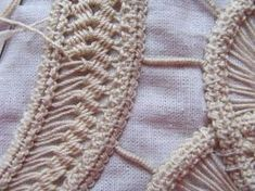 Hobbies And Crafts, Diy And Crafts, Romanian Lace, Teneriffe, Form Crochet, Point Lace, Needle Lace, Irish Crochet, Lace Tops