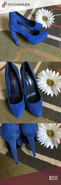 """Pour La Victoire shoes Style is """"Vero Cuoio""""  made in Brazil Hidden platform heelsheal measures 4.5""""  Blue suede clean foot bed  pre-loved wear on bottom only  Pour la Victoire Shoes Heels"""