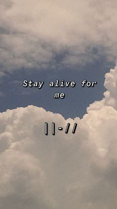 Stay alive, stay alive for me, do do do do, you will die but now your life is free take pride in what is sure to die Twenty One Pilots Aesthetic, Twenty One Pilots Art, Twenty One Pilots Wallpaper, Tyler Y Josh, Tyler Joseph, Emo Wallpaper, Women In History, Ancient History, Linkin Park