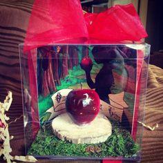 custom snow white invitation by BrownBoxBirthday on Etsy, $7.50