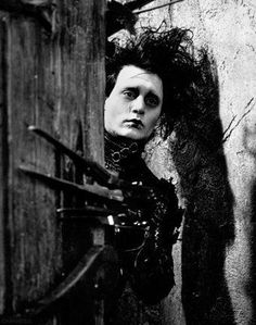 """This poster features an image of Johnny Depp as Edward Scissorhands from the Tim Burton cult film """"Edward. Scary Movies, Good Movies, Eduardo Scissorhands, Films Western, Tim Burton Style, Westerns, Men Slides, Movie Shots, Lights Camera Action"""