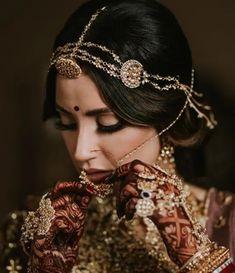 Indian Wedding, Wedding Ceremony, Bride, Bridal Jewellery, Traditional Jewellery, Rajasthani Jewellery, Jewellery, Rajput bride, headpiece, Head Accessory, Bridal Accessories, Sheeshpatti, Mathapatti Bridal Jewellery, Wedding Jewelry, Manubhai Jewellers, Rajasthani Bride, Zarine Khan, Silver Toe Rings, Wedding Crashers, Braids For Long Hair, Bride Hairstyles
